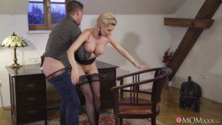 MomXXX – Russian MILF Romanced In Stockings